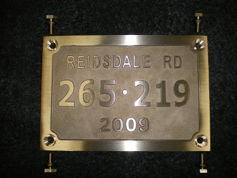 Custom rail bridge plates